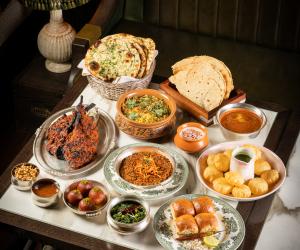 Restaurant meal kits: Gymkhana