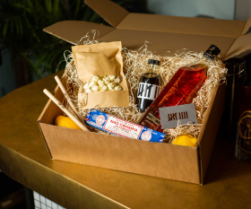 Home cocktail kits: Nine Lives