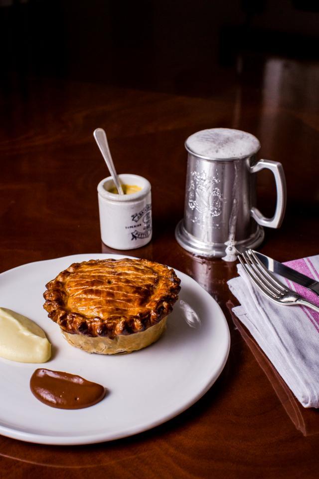 Restaurants Regent Street: A pie at The Wigmore