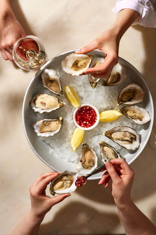 The Seafood Bar: oysters