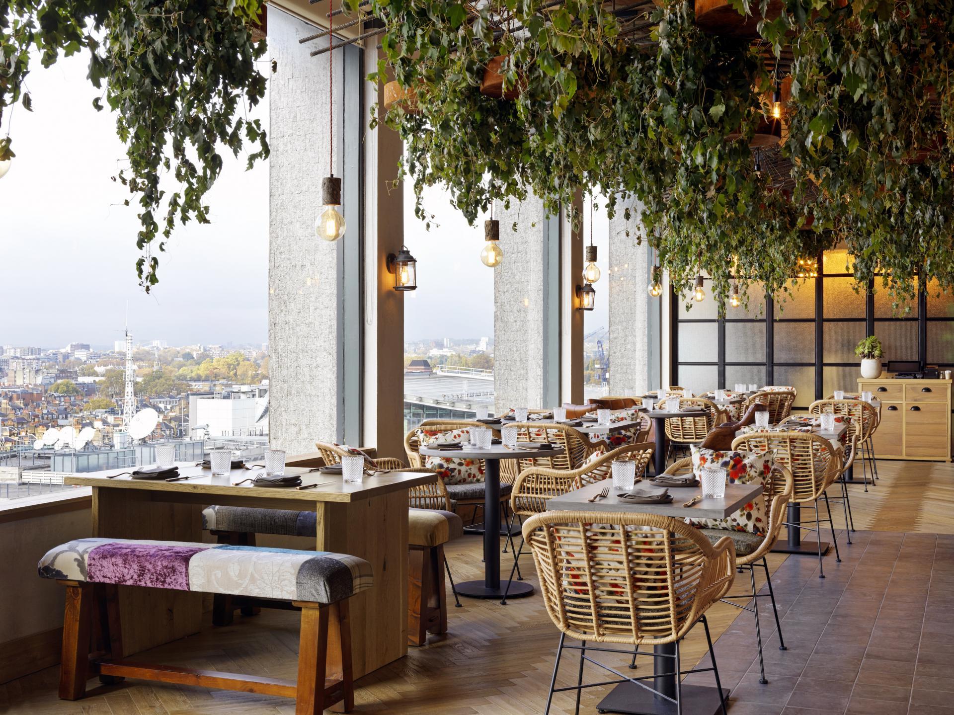 Restaurants and bars Regent Street: The Nest at Treehouse