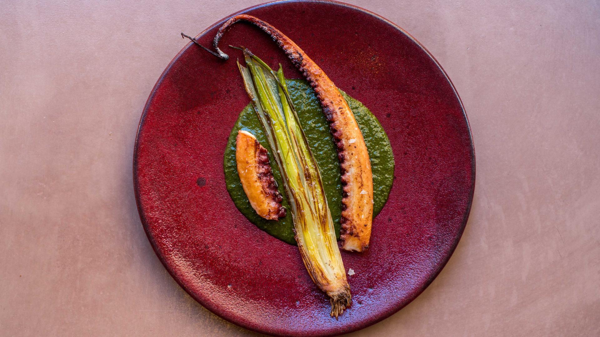 Restaurants St James: octopus and carrot at Ikoyi
