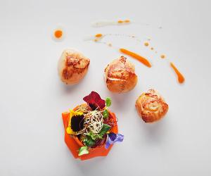 Ametsa's scallops with betacarotene