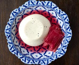 Sparrow restaurant's rhubarb panna cotta