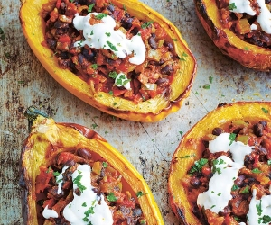 Riverford's roast squash and black bean veggie chilli