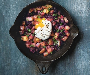 Make Gabrielle Langholtz's red flannel hash