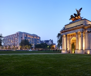 Win a three-course dinner and an overnight stay for two at InterContinental London Park Lane