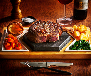 Win a Hex Set and two Server Sets from SteakStones, worth over £140