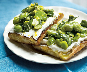 Make Polpo's broad bean, mint and ricotta bruschetta