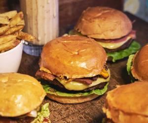 Patty&Bun vegan burger; photography by Erwin Schulz